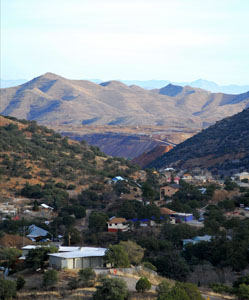 Bisbee looking south toward the pit